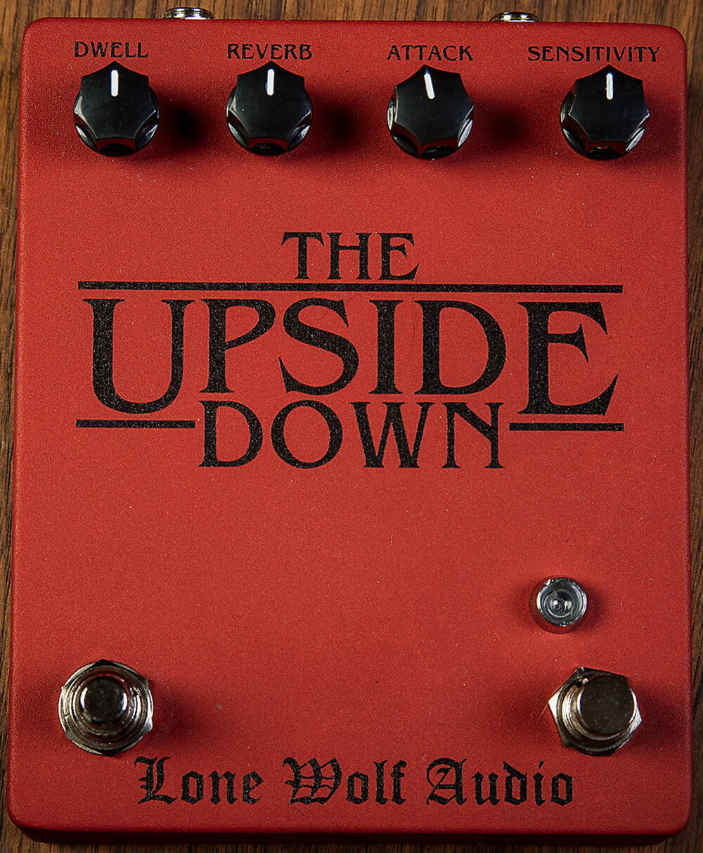 Lone Wolf Audio The Upside Down V3 Reverb Pedal (Blood Red)