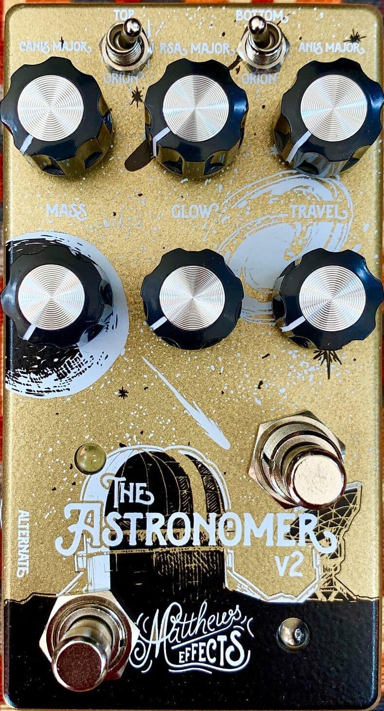Matthews Astronomer V2 Celestial Reverb Pedal (Black/Gold)